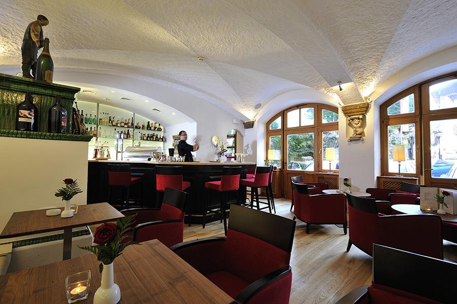 """Das Poststüberl im Hotel """"Im Weissen Rössl"""" im Salzkammergut"""